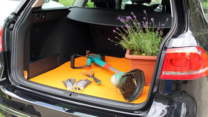 ako car coloured die bunte kofferraum. Black Bedroom Furniture Sets. Home Design Ideas